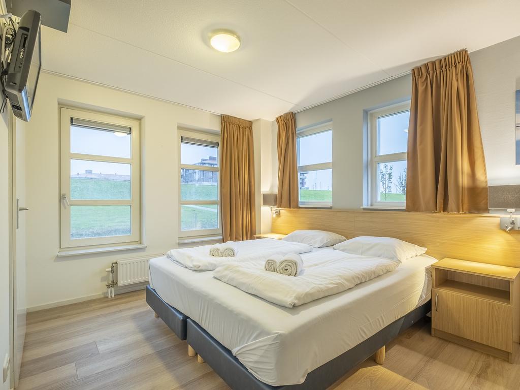Ferienhaus Komfort 6-Personen-Villa im Ferienpark Landal Waterparc Veluwemeer - am Wasser/Freizeitsee (407512), Biddinghuizen, , Flevoland, Niederlande, Bild 9