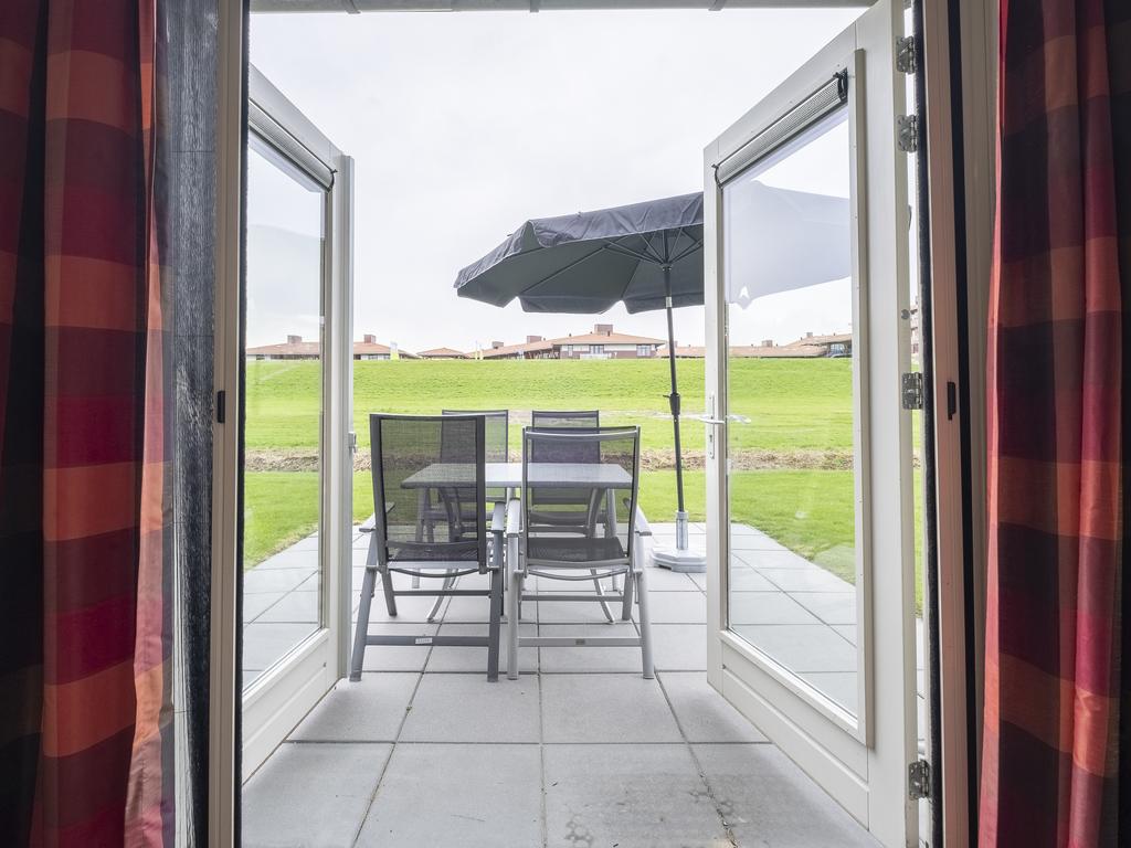 Ferienhaus Komfort 4-Personen-Ferienhaus im Ferienpark Landal Waterparc Veluwemeer - am Wasser/Freize (407508), Biddinghuizen, , Flevoland, Niederlande, Bild 2