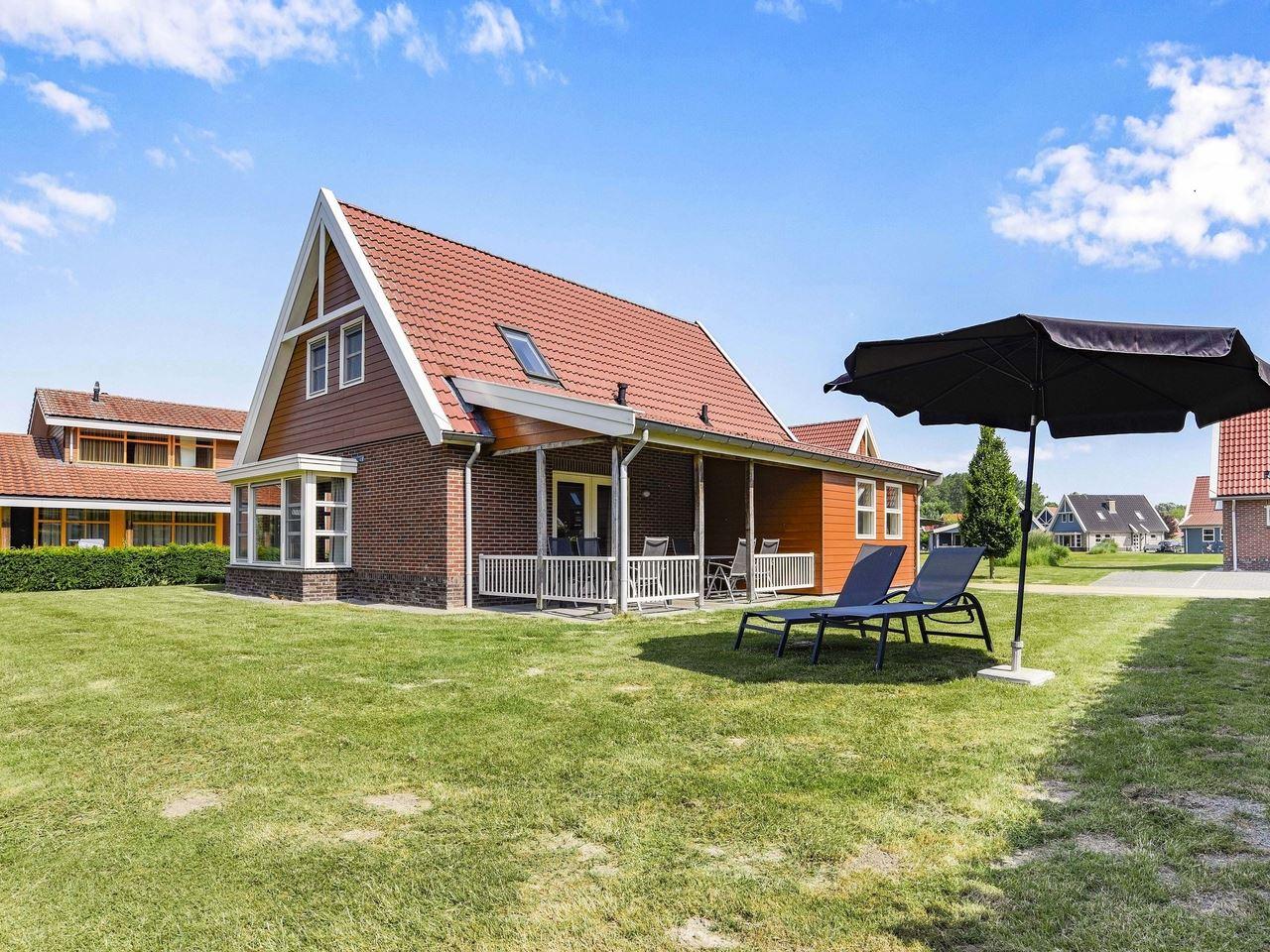 Luxus 6-Personen-Villa im Ferienpark Landal Waterp Villa in den Niederlande