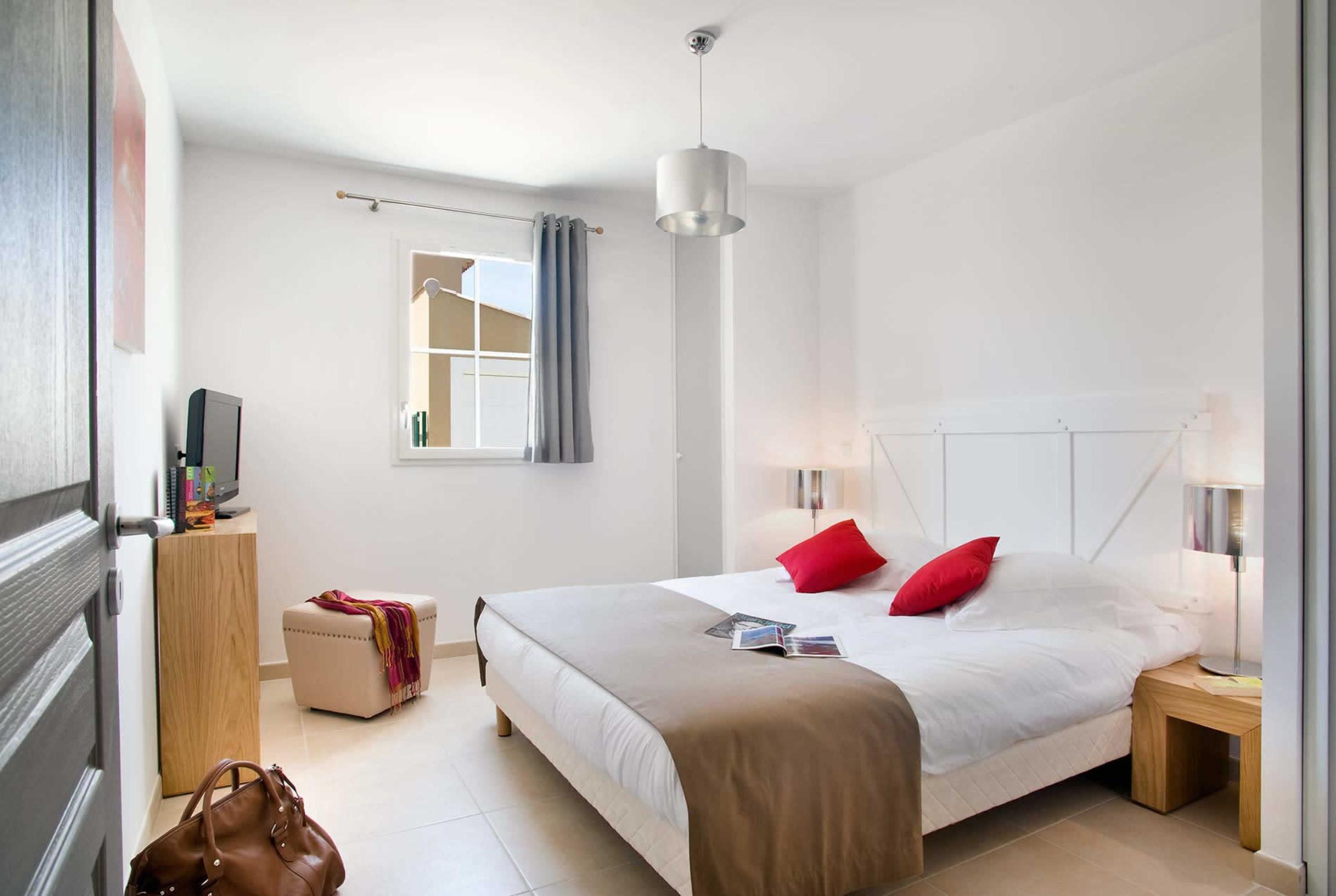 Holiday house 4 Bed Villas Domaine (2750846), Saint Saturnin lès Apt, Vaucluse, Provence - Alps - Côte d'Azur, France, picture 6