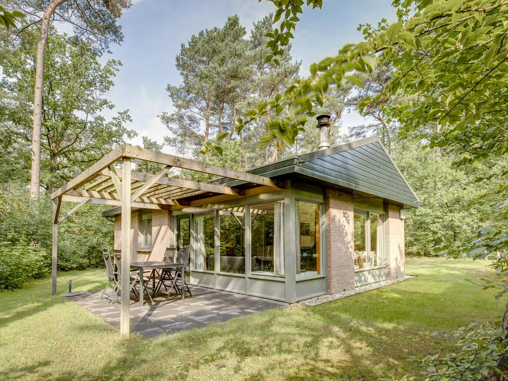 Ferienhaus Luxus 4-Personen-Ferienhaus im Ferienpark Landal Heideheuvel - In waldreicher Umgebung (2511643), Beekbergen, Veluwe, Gelderland, Niederlande, Bild 1