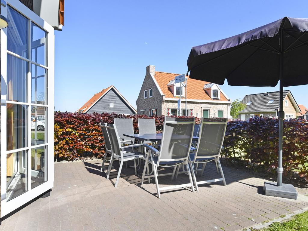 Ferienhaus Komfort 8-Personen-Unterkunft im Ferienpark Landal Strand Resort Nieuwvliet-Bad - an der K (589565), Nieuwvliet, , Seeland, Niederlande, Bild 2