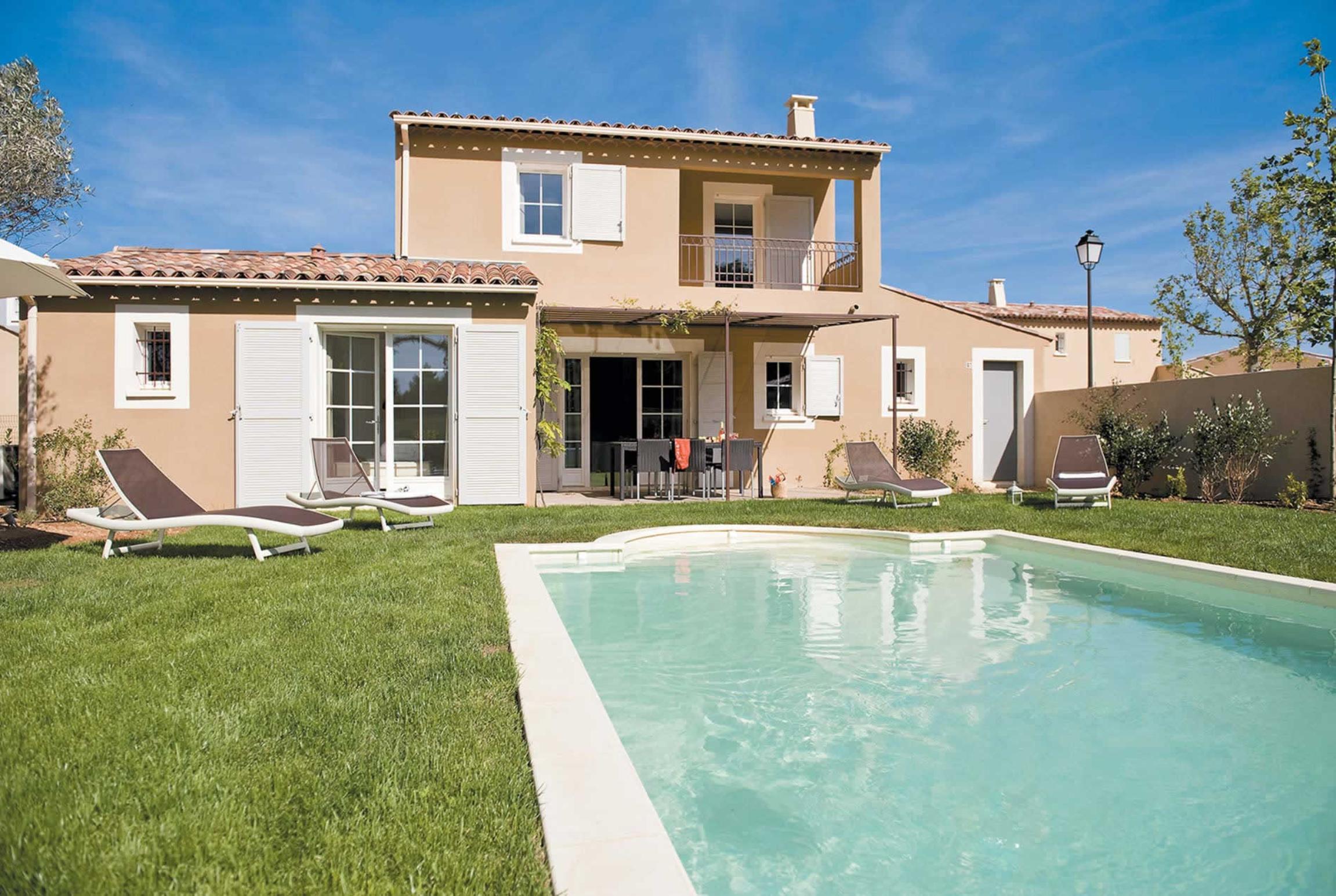 Holiday house 4 Bed Villas Domaine (2750846), Saint Saturnin lès Apt, Vaucluse, Provence - Alps - Côte d'Azur, France, picture 1